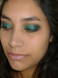 Make-up // Green