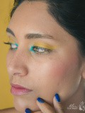 Make-up// Lemony blue
